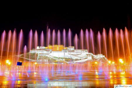 palacio potala luces